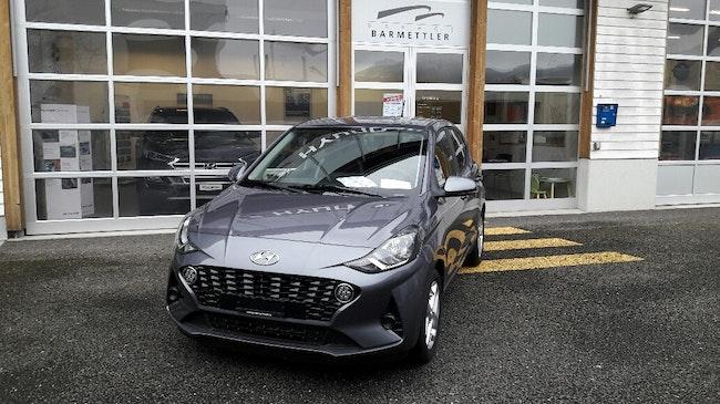 saloon Hyundai i10 1.2 Launch