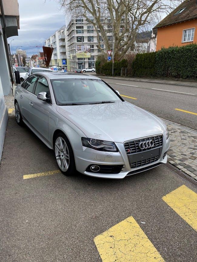 saloon Audi S4 3.0 TFSI quattro