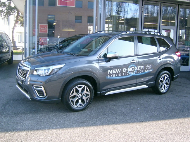 suv Subaru Forester Station 2.0i e-Boxer Swiss Plus