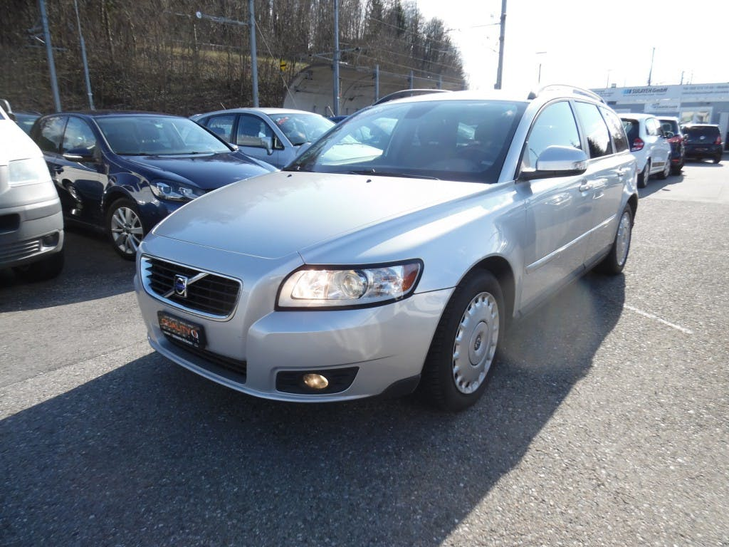 estate Volvo V50 2.0D Powershift