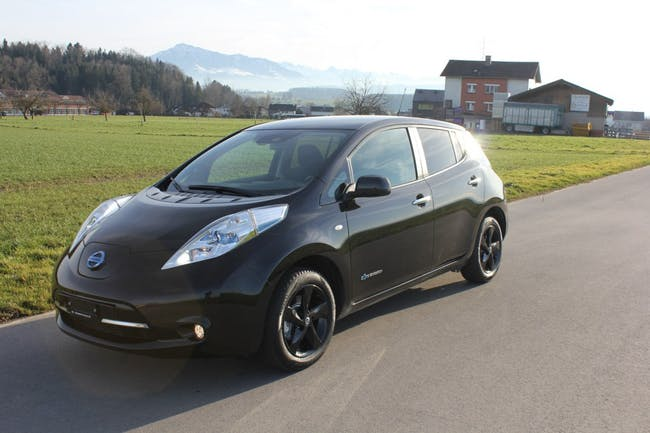 saloon Nissan Leaf Black Edition 30kWh (incl battery)