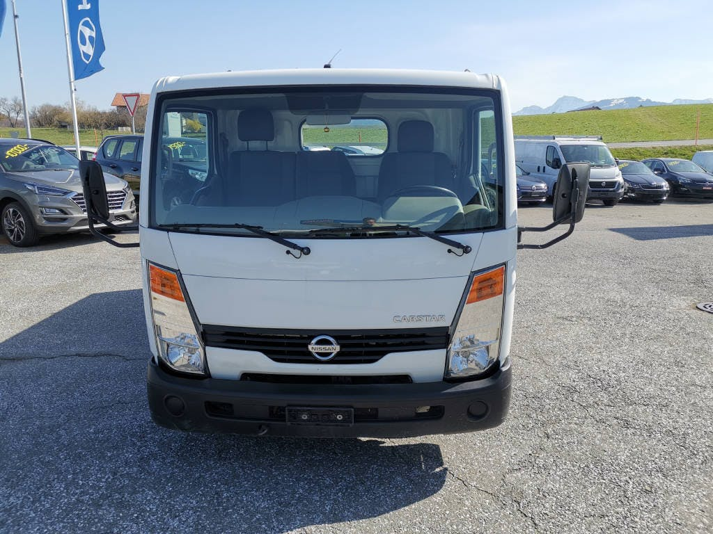 saloon Nissan Cabstar cab.-ch. 35.15 2900 3.5 T Comfor