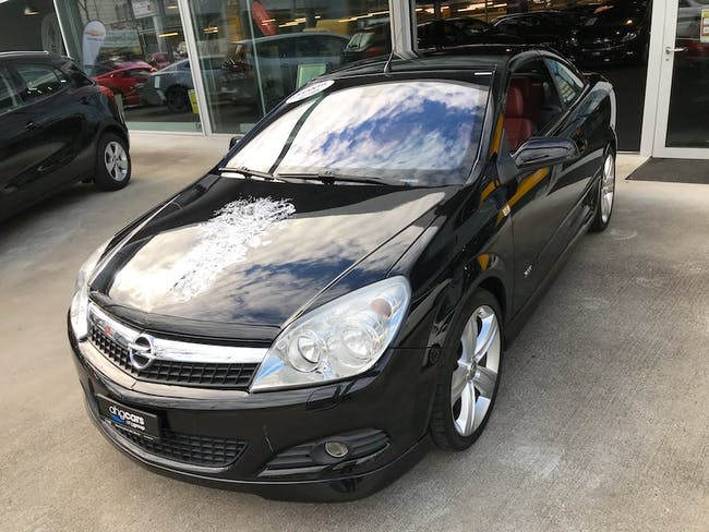 cabriolet Opel Astra TwinTop 1.6 T 180 Linea Rossa