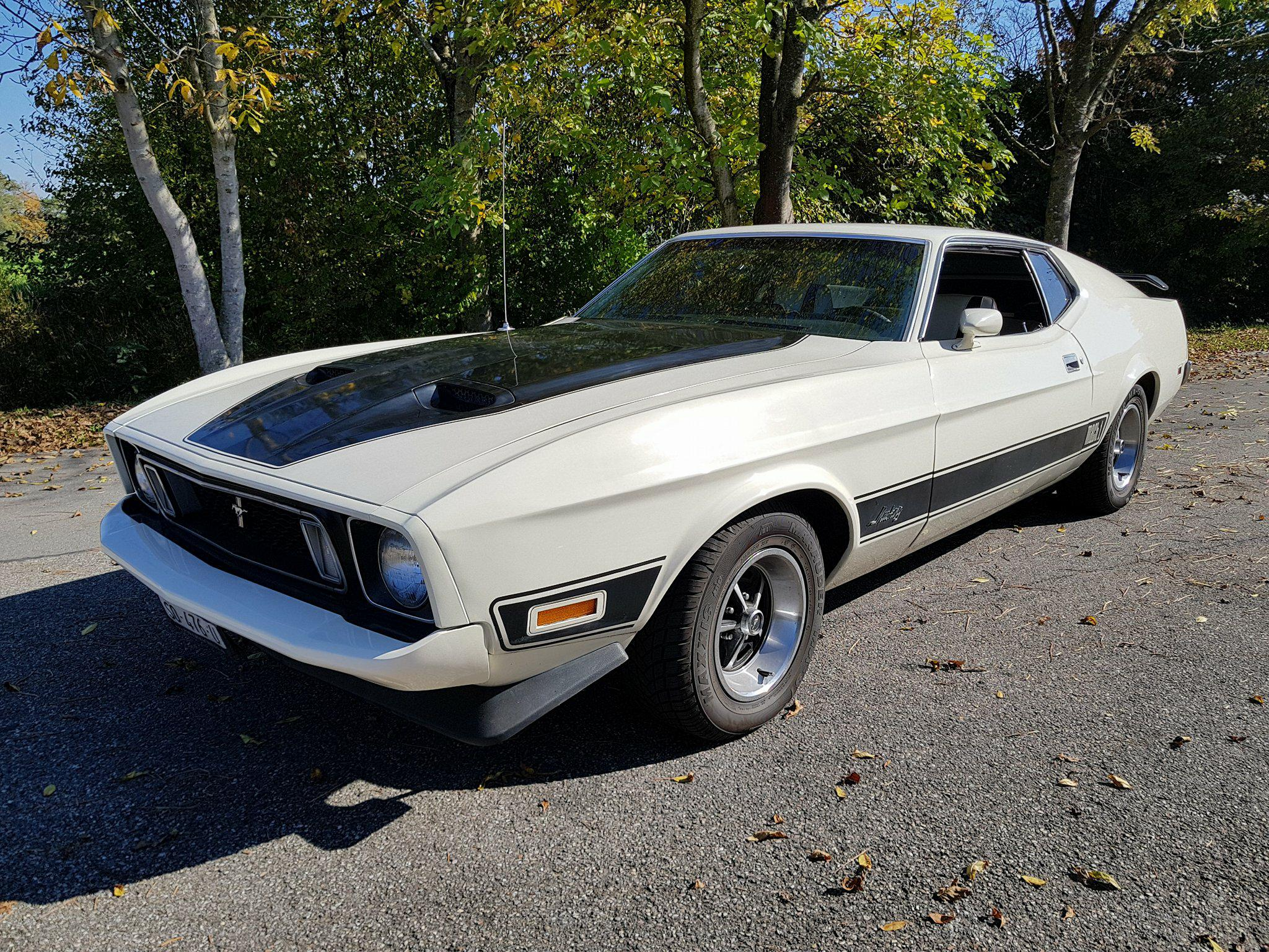 hatchback Ford USA Mustang Mach 1
