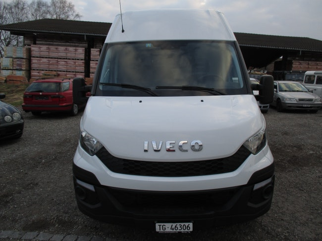van Iveco Daily / Turbo Daily Daily 35S 15SV Kaw.3520 H1.9 2.3 HPI 146