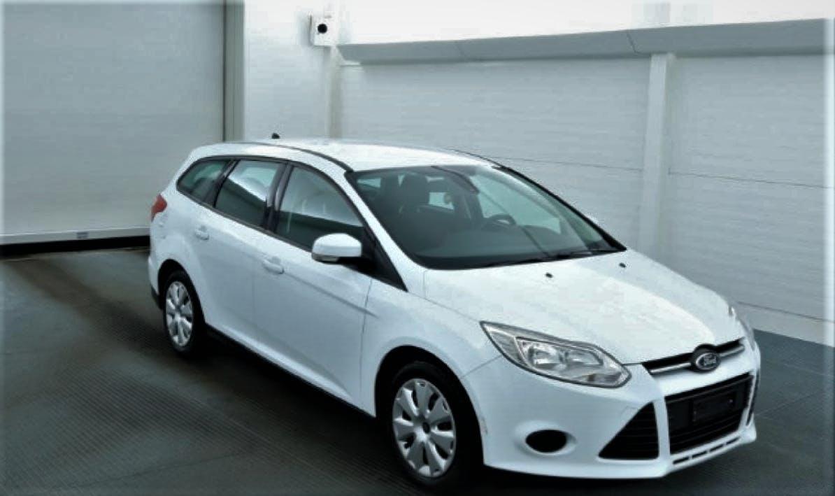 estate Ford Focus Station Wagon 1.0i EcoB 100 Trend