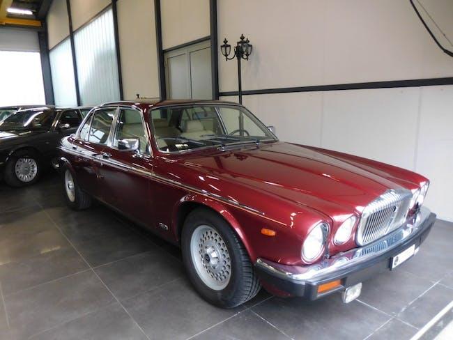 saloon Daimler Daimler 5.3 Double Six ABS