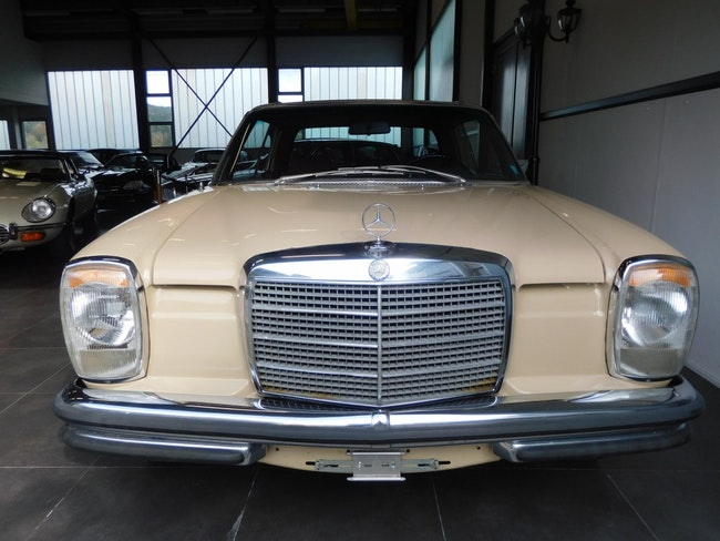 coupe Mercedes-Benz 280 CE
