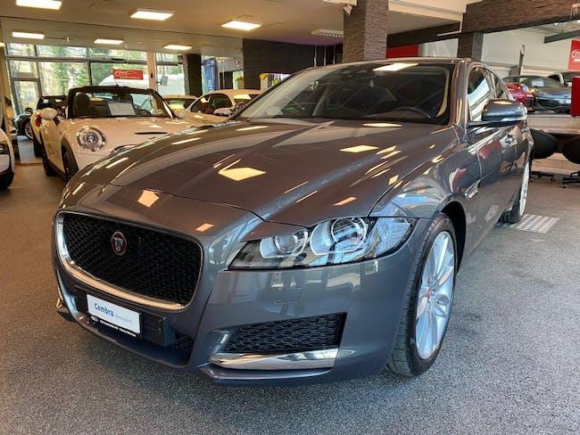 saloon Jaguar XF 20d Prestige Automatic