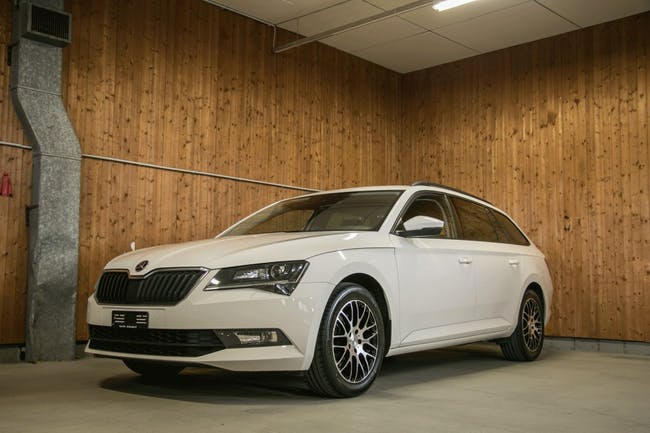 estate Skoda Superb Combi 2.0 TDi Active