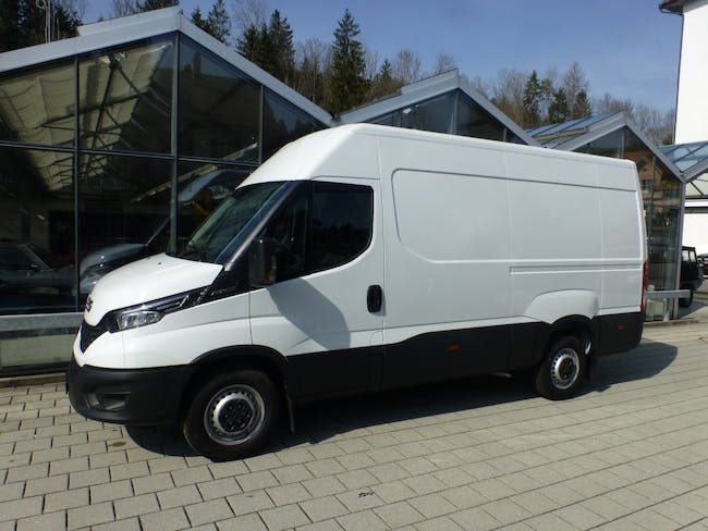 saloon Iveco Daily / Turbo Daily Daily 35 S 14 A8 VL