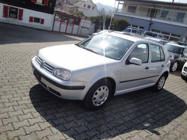 saloon VW Golf 1.6