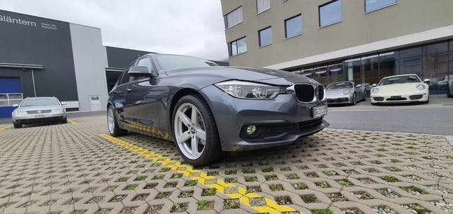 saloon BMW 3er 318d Steptronic