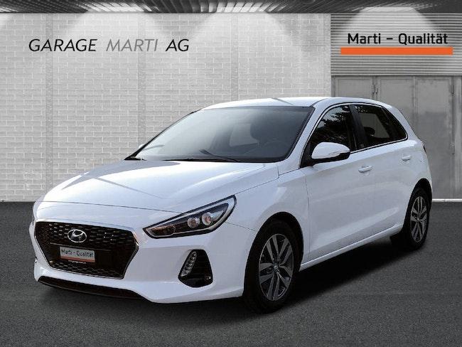 saloon Hyundai i30 1.0 T-GDi Launch