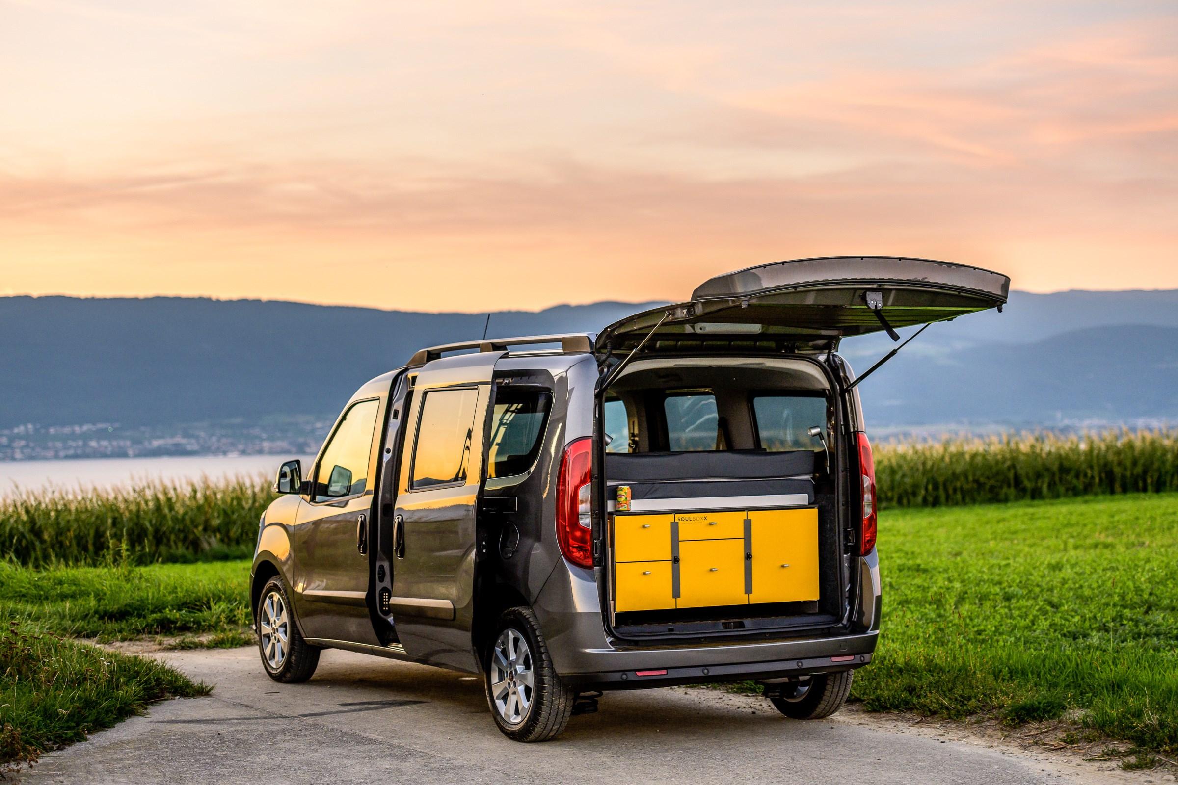 bus Fiat Doblo Yellowcamper 1.6 TJ Kombi Swiss