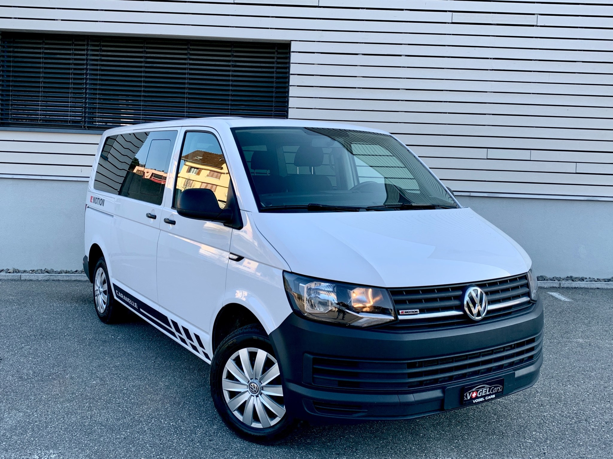 bus VW T6 2.0 TDI 4Motion Caravelle kurzer Radstand