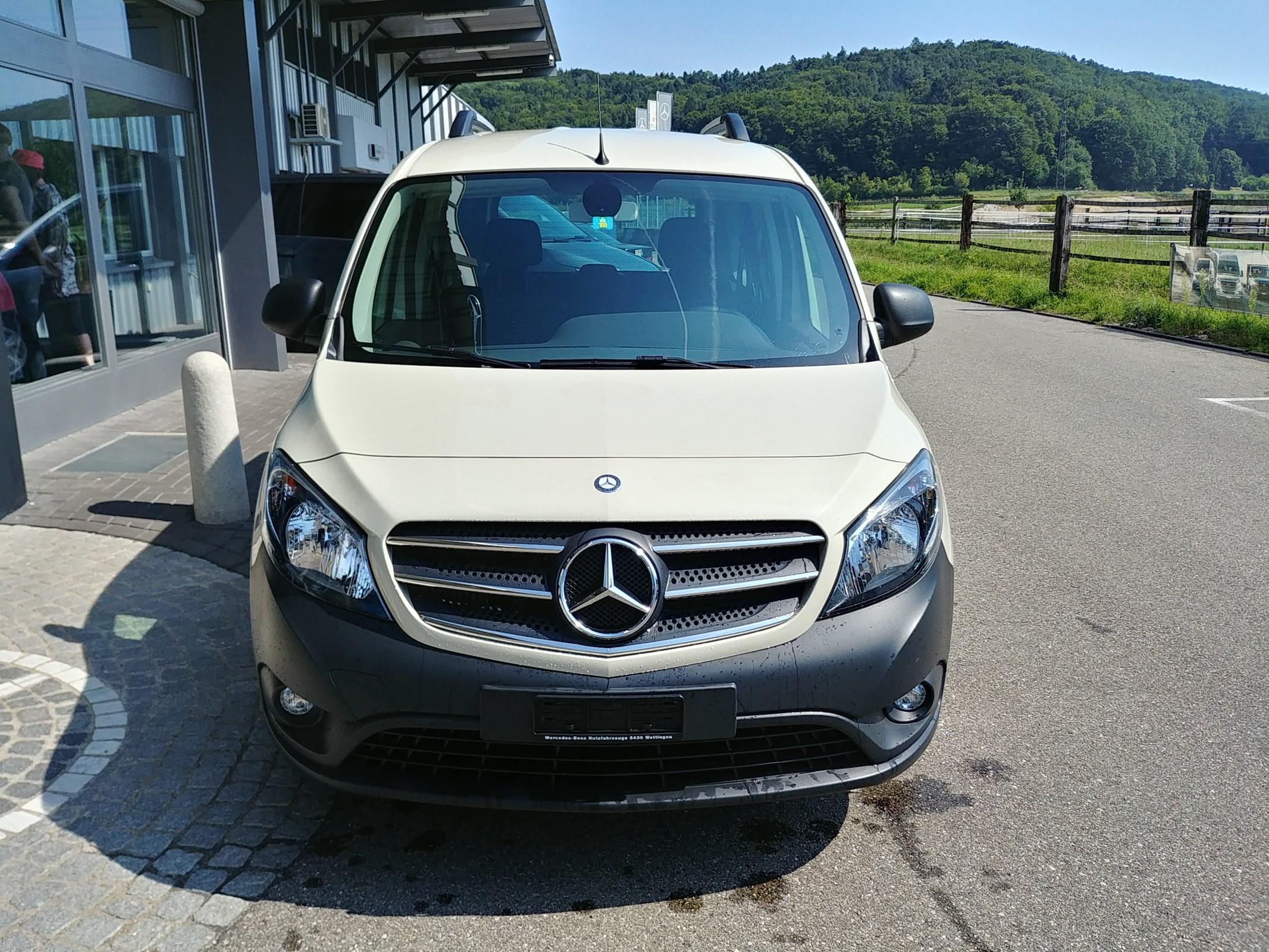 bus Mercedes-Benz Citan Tourer 111 CDI L 5-Plätzer/5 places