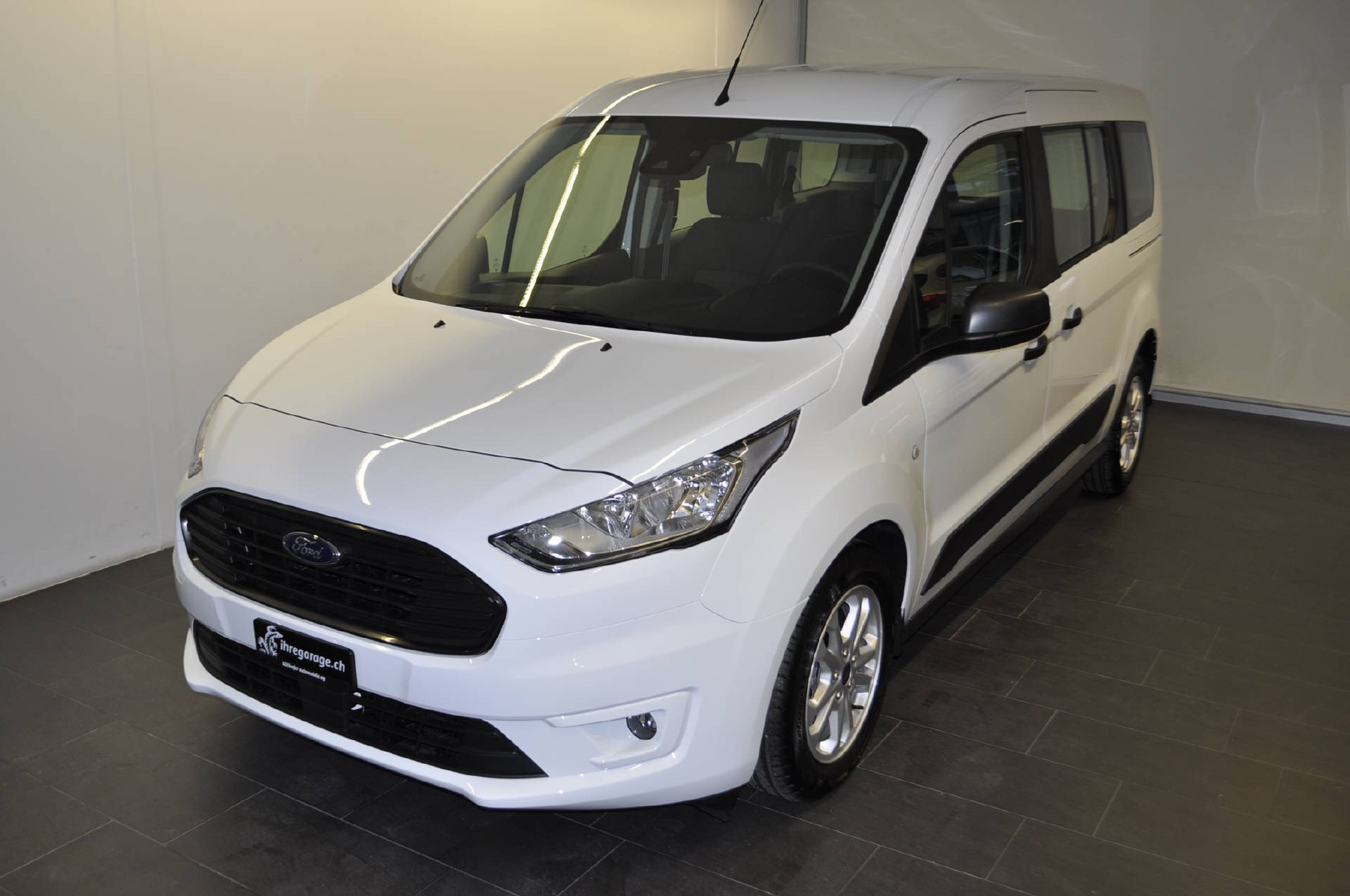 bus Ford Connect TOURNEO CONNECT Grand 1.5 EcoB Trend