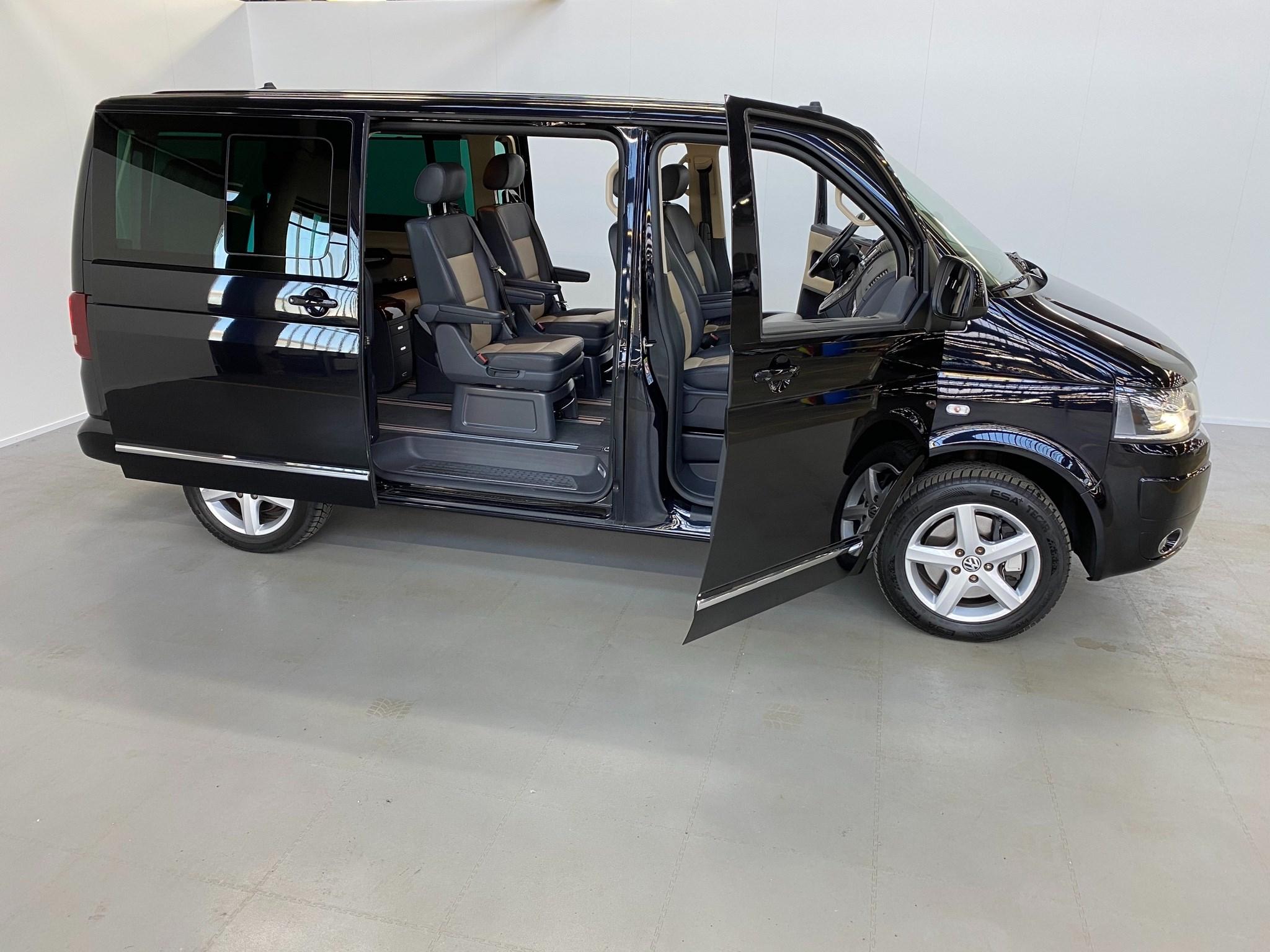 bus VW T5 Multivan 2.0 TSI BUSINESS 4Motion DSG