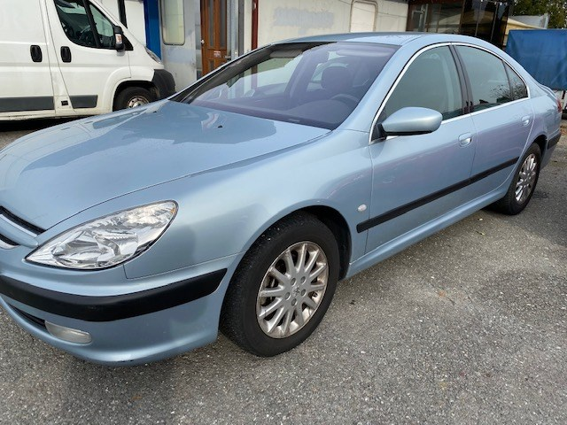 saloon Peugeot 607 2.2 HDI Luxe