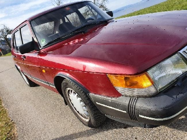 saloon Saab 900 Turbo