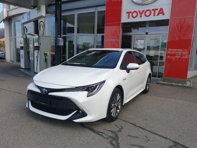 saloon Toyota Corolla TS 2.0 HSD Trend
