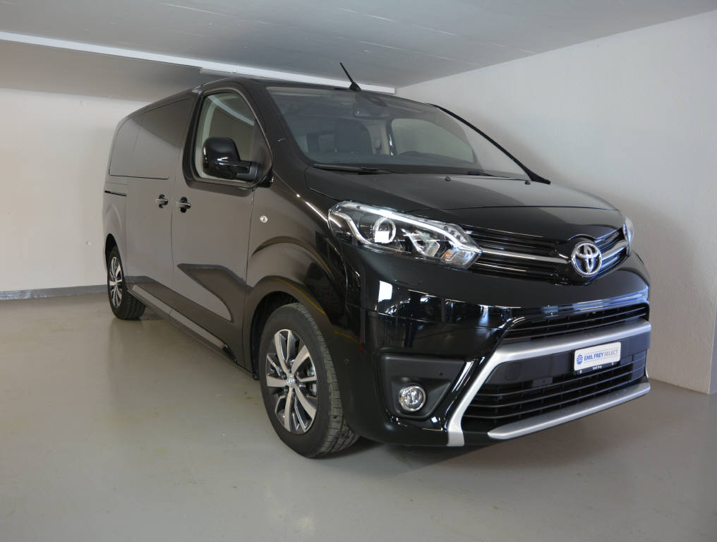 bus Toyota Proace 2.0 D Trend 4x4