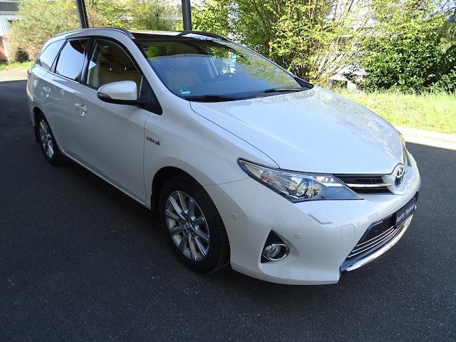 estate Toyota Auris Touring Sports 1.8 HSD Sol