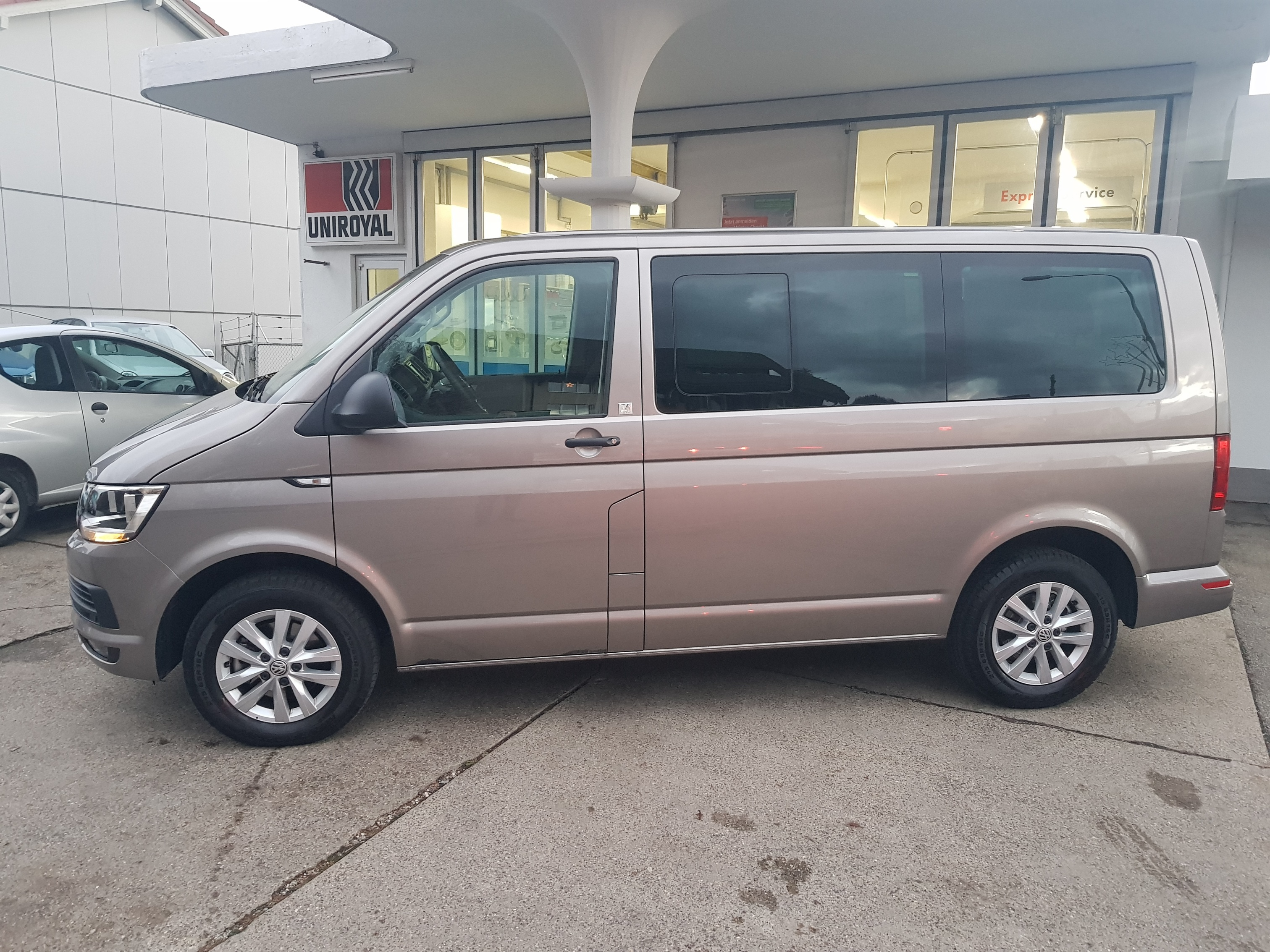bus VW T6 Multivan 2.0 TDI 150 HL Liberty DSG