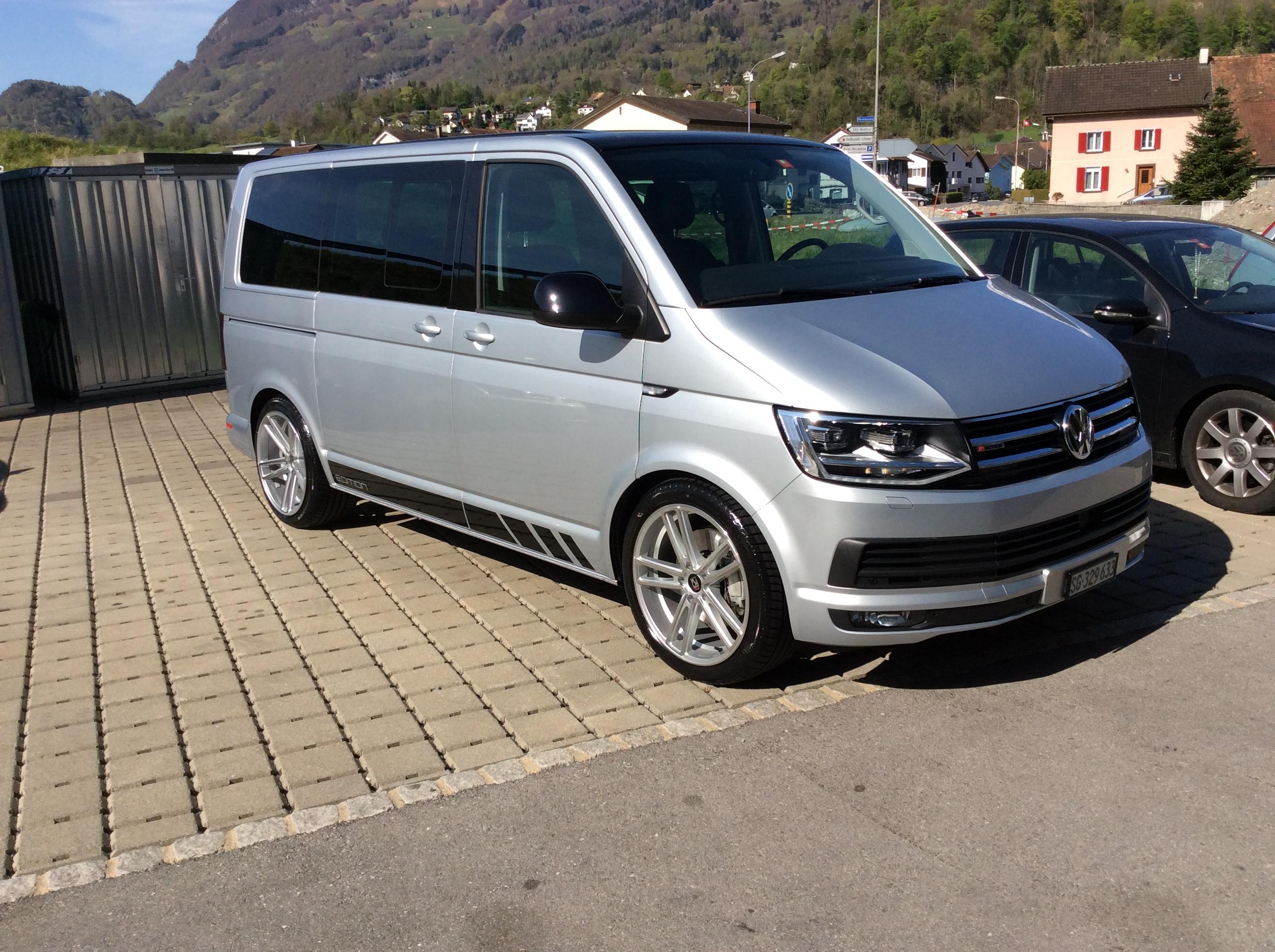 Buy Exhibition Car Bus Vw T6 Multivan 2 0 Tdi 204 Cl Bulli Dsg 4m 18000 Km At 59900 Chf On Carforyou Ch