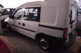 Opel Combo Tour Combo Van 1.3 CDTI Comfort 80'000 km 1'500 CHF - acheter sur carforyou.ch - 2