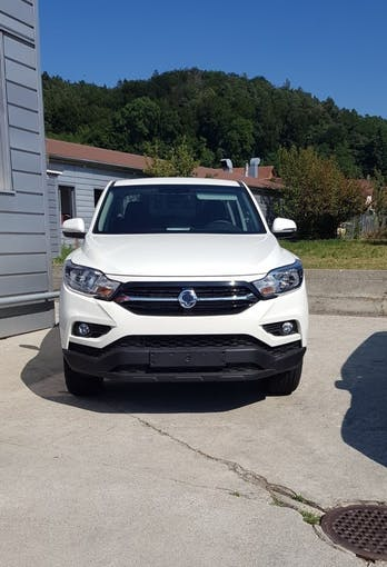 SsangYong Musso 2.2 Crystal 4WD 5 km CHF28'900 - acheter sur carforyou.ch - 1