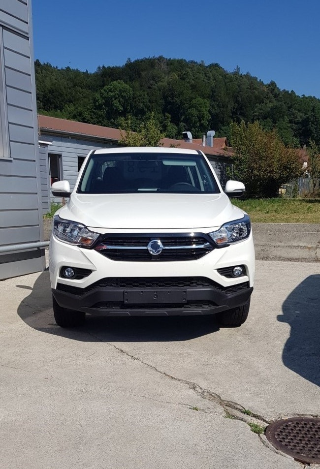 SsangYong Musso 2.2 Crystal 4WD 5 km CHF28'900 - acquistare su carforyou.ch - 1