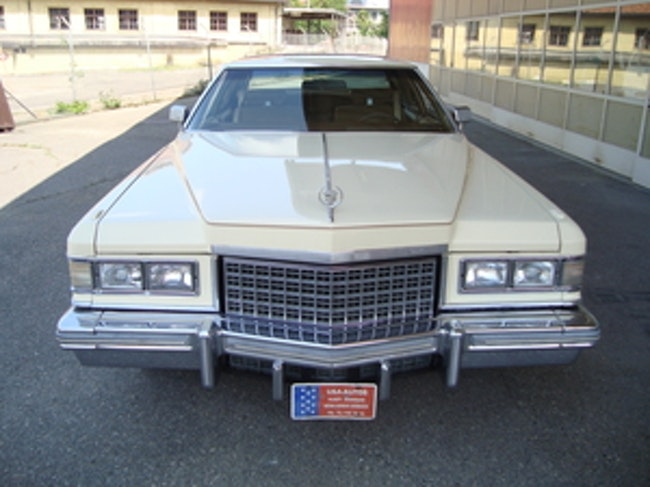 coupe Cadillac Deville Coupe