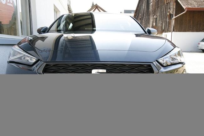 saloon SEAT Leon 1.5 eTSI 150 FR DSG