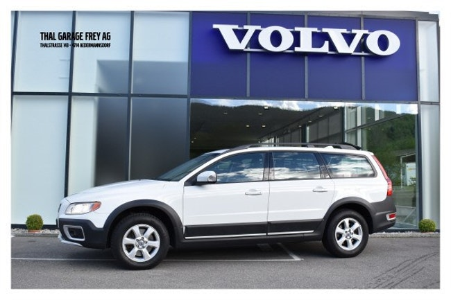 suv Volvo XC70 3.2 AWD Kinetic