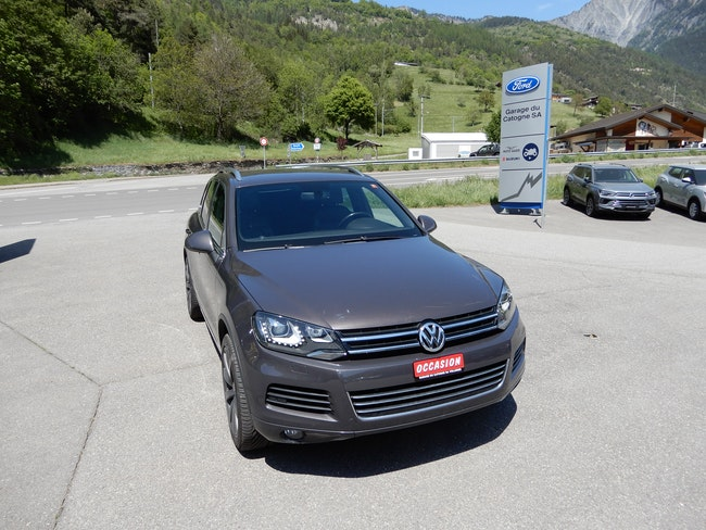 suv VW Touareg 3.0 V6 TDI 245 BlueMT