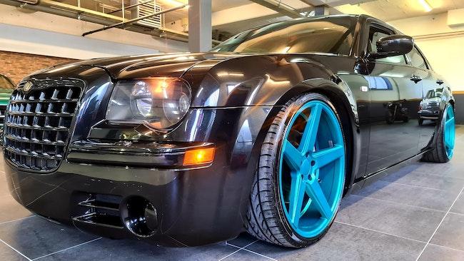 saloon Chrysler 300 C 5.7 HEMI V8