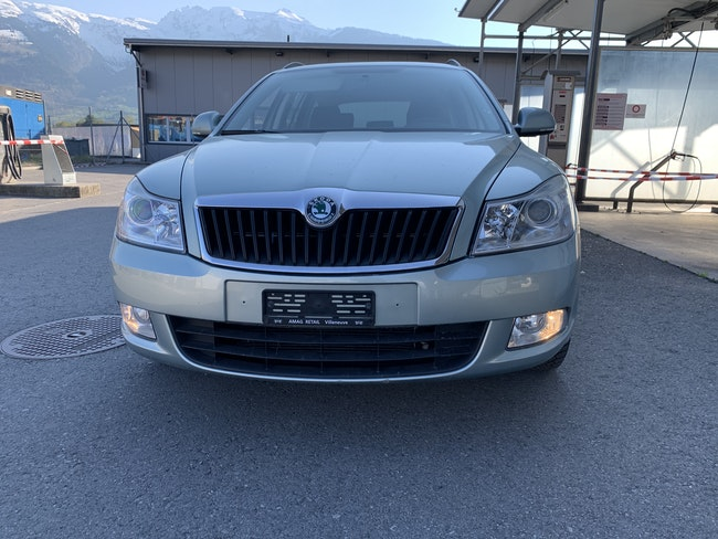estate Skoda Octavia Combi 1.6 TDI Adventure 4x4