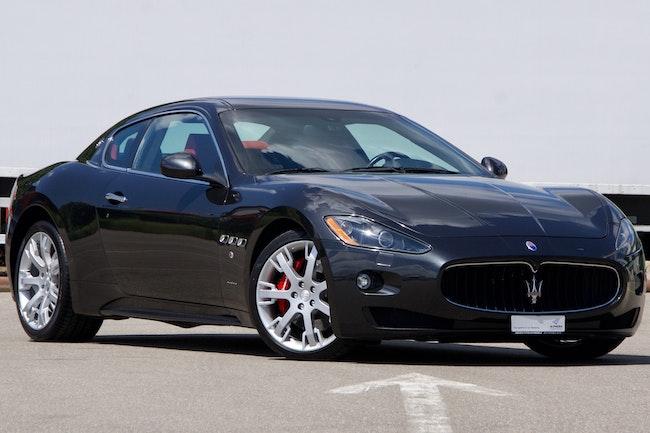 sportscar Maserati GranCabrio/Granturismo Gran Turismo 4.7 V8 S