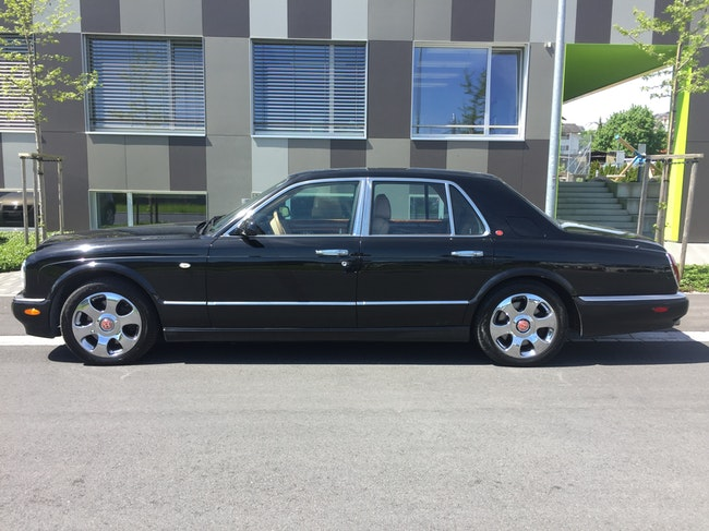 saloon Bentley Arnage 6.8 V8 Red Label