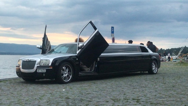 saloon Chrysler 300 C 300 Stretch Limousine