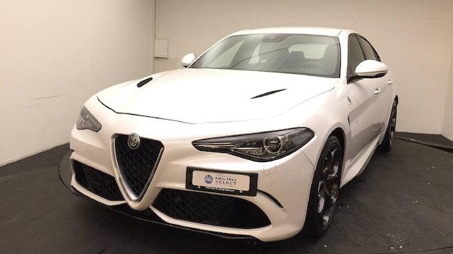 saloon Alfa Romeo Giulia 2.9 V6 Biturbo Quadrifoglio