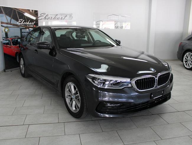 saloon BMW 5er 520d xDrive
