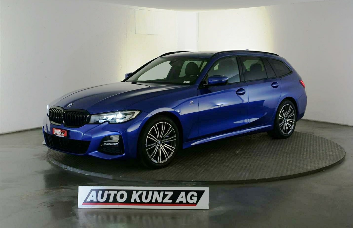 estate BMW 3er 330 i xDriveTouring M-Sport Automat 2020