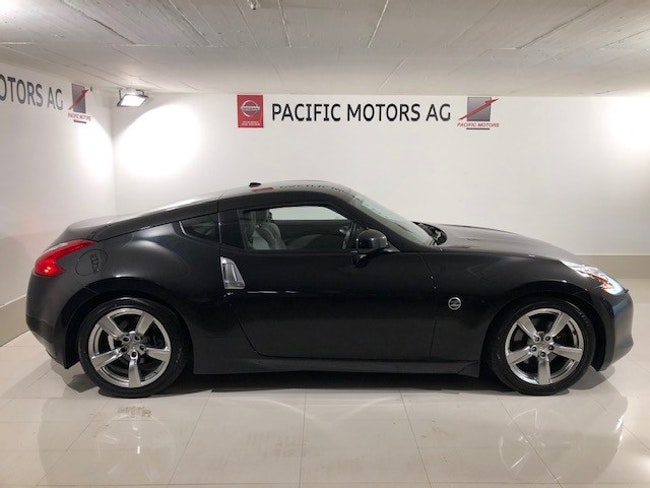 coupe Nissan 370 Z Automatic