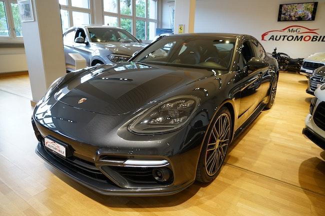 saloon Porsche Panamera Turbo PDK