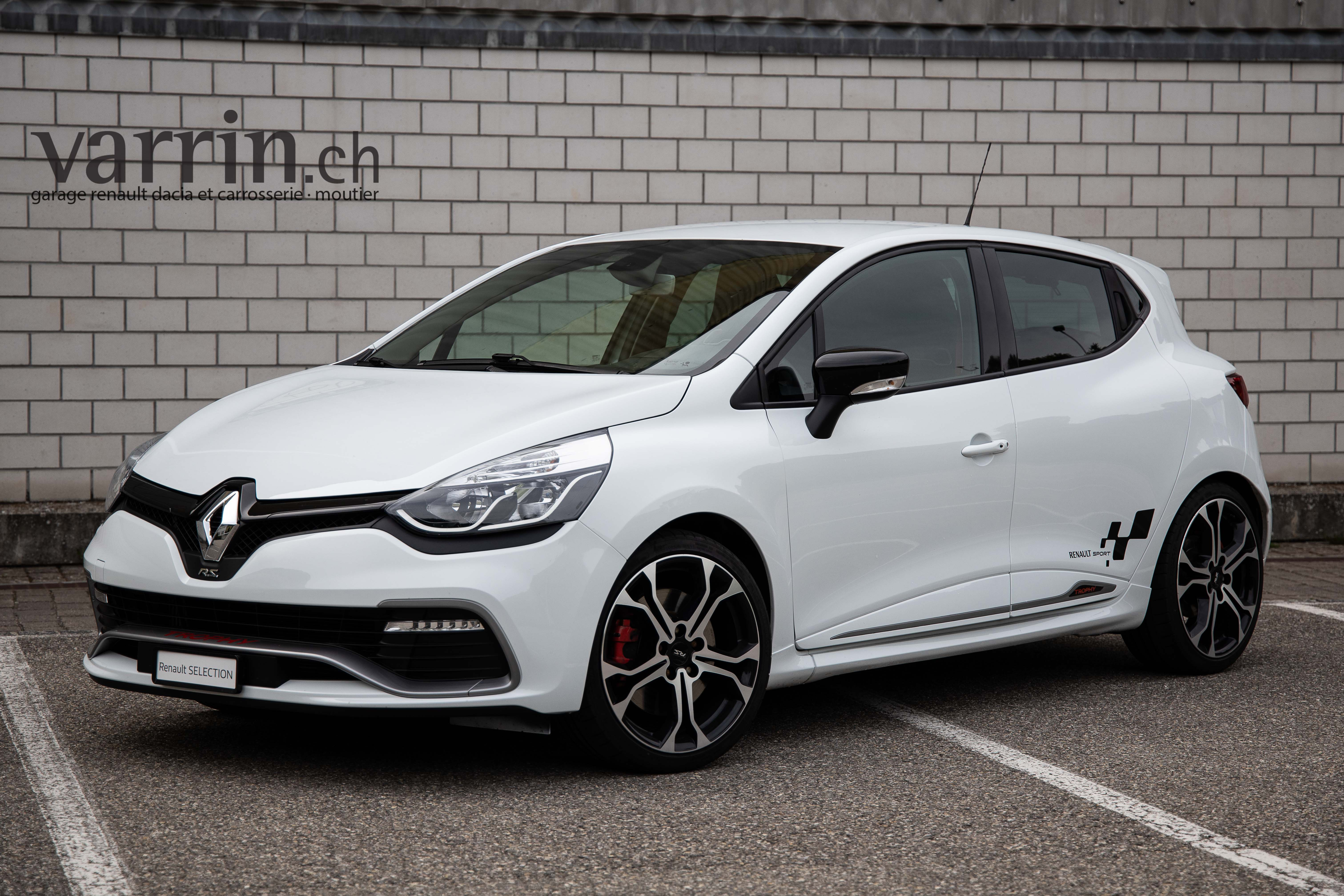 saloon Renault Clio Sport 1.6 T 220 RSTrophy S/S