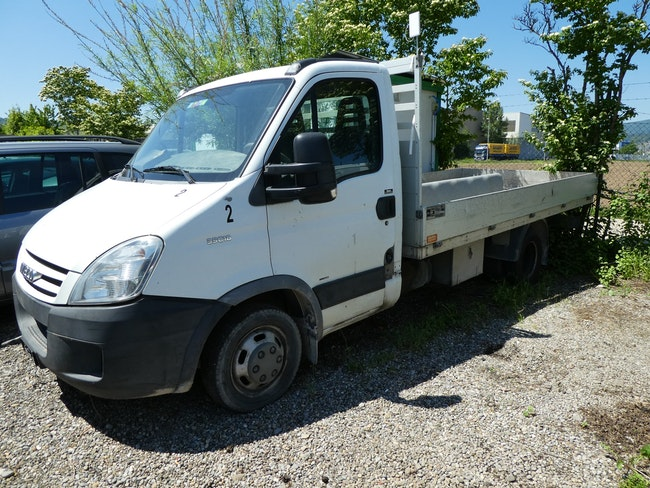 saloon Iveco Daily / Turbo Daily Daily 35 C 18 GCEA11B1B1