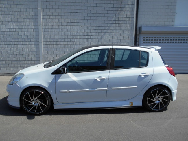 saloon Renault Clio 1.2 16V T Night&Day